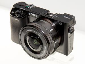 Sony Alpha 6000 fekete digitális fényképezőgép váz + 16-50mm F3.5-5.6 OSS objektív