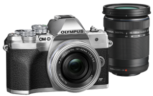 Olympus E-M10IV 1442EZ DZ KIT ezüst/ezüst/fekete