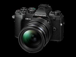 Olympus E-M5III 1240 Kit fekete, E-M5 Mark III ezüst + EZ-M1240PRO fekete
